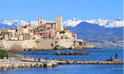 ANTIBES DEFICIT FONCIER/MEUBLE<br />ANTIBES (06)